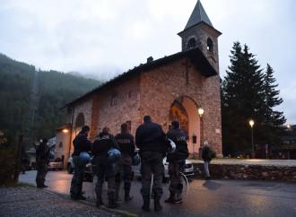 Chiesa violata dai pro-migranti. Dov'è lo scandalo?