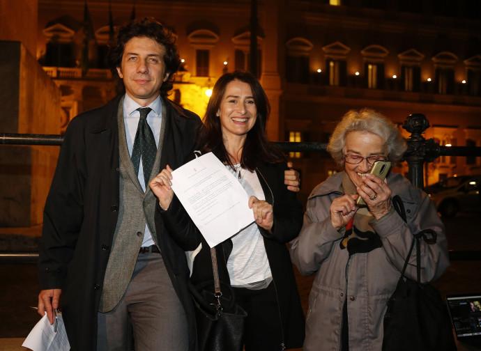 Marco Cappato, Filomena Gallo e Mina Welby dopo la decisione della Corte