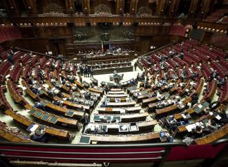 Ci risiamo, una manovra col Parlamento esautorato