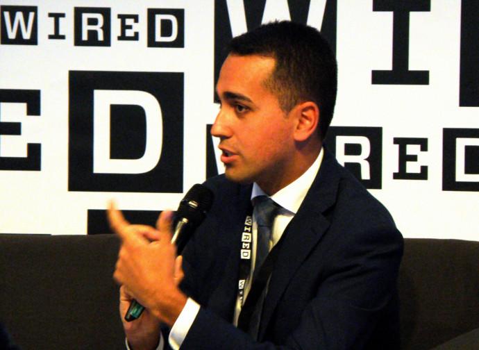 "Luigi Di Maio vuole le ""autostrade digitali"""