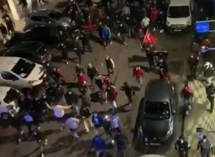 Manifestazione dei Lupi Grigi a Lione