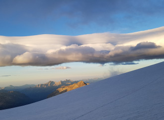 Funerali ai ghiacciai ed emergenze climatiche: ecco la religione verde
