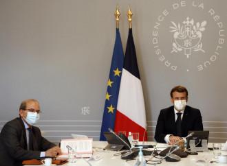 Stato e islam, Macron detta le condizioni agli imam