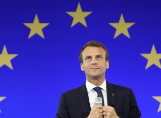 Macron vuole ancora scavalcare l'Italia in Libia