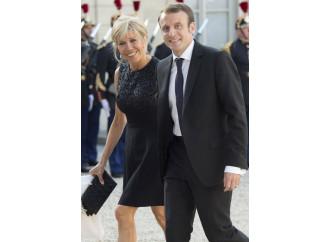 """Difesa della famiglia? Macron preferisce le """"famiglie"""""""