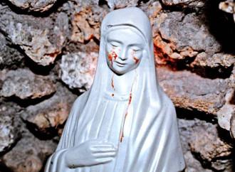 Chiesa e famiglia nelle lacrime di Maria: «Ma il mio Cuore trionferà»