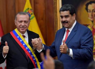 Erdogan in Venezuela: islam in cambio di aiuti economici