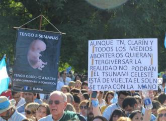 Abortiti, nuovi desaparecidos messi a morte dalle elite