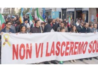A Roma si manifesta, ma i Marò restano in India