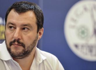 Salvini: sì all'amore gay, no alle adozioni
