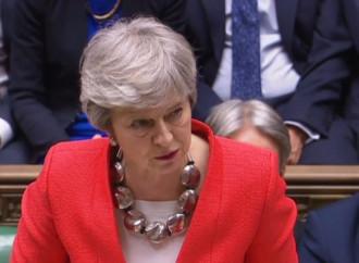 May di nuovo sconfitta. Non piace l'accordo con l'Ue