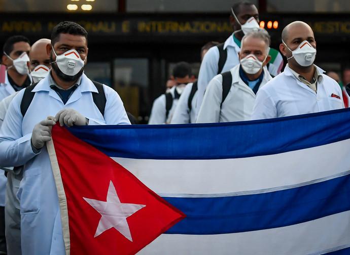 L'arrivo dei medici cubani in Italia