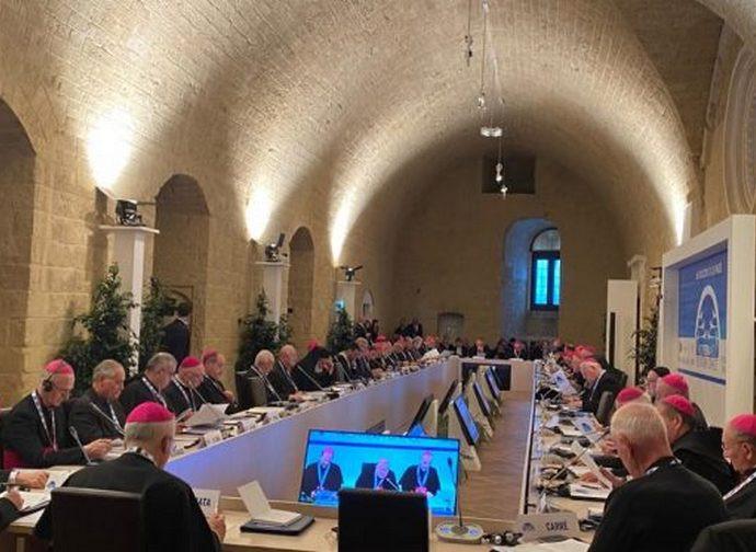 Apertura dei lavori al convegno sul Mediterraneo