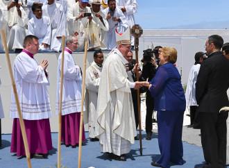 Papa e Cile, i perché di un rapporto difficile