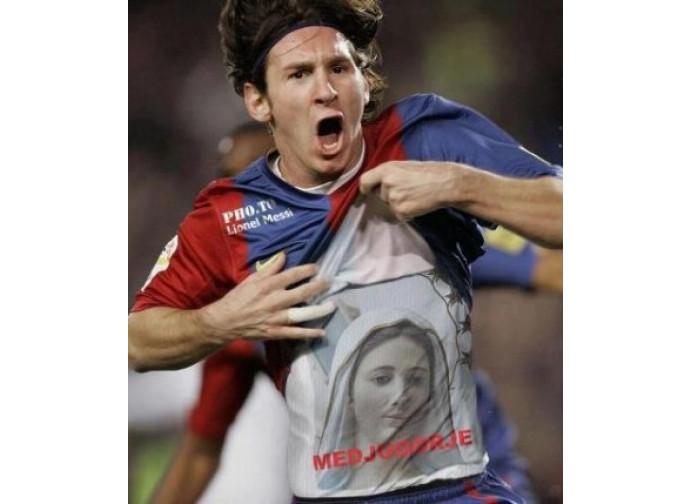 Leo Messi con la maglietta di Medjugorie