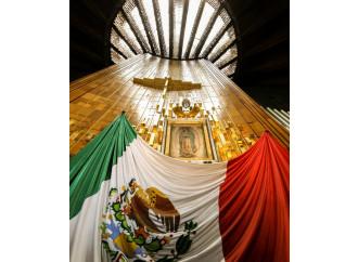 """Papa Francesco pellegrino in un Messico """"in guerra"""""""