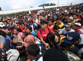 Carovana di migranti bussa alle porte delle elezioni Usa