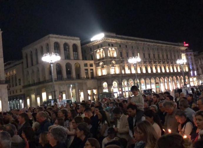 Veglia a Milano, piazza Duomo