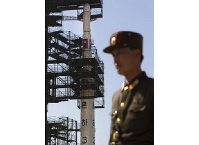 Il missile nordcoreano Unha-3, un fallimento