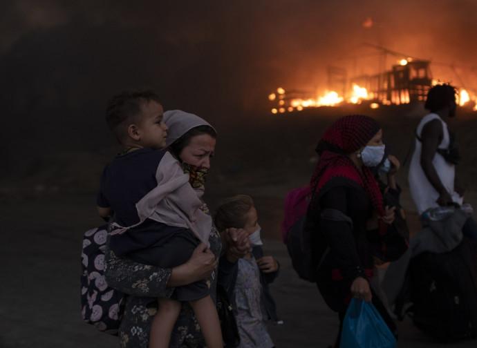 O incêndio no acampamento de Moria (Grécia)