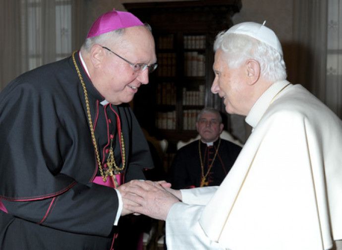 Mons. Morlino con Benedetto XVI