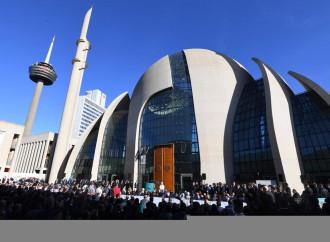 Colonia, tensione per la moschea voluta da Erdogan
