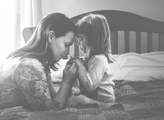 Congedi, torna «madre» al posto di «persona»