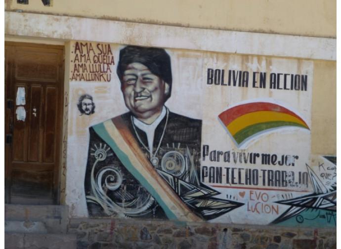 Propaganda boliviana, murales di Evo Morales
