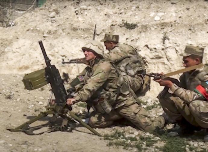 Nagorno Karabakh,truppe azere in azione