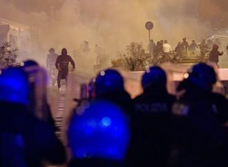 Autunno caldo, Napoli è il primo caso di rivolta anti-lockdwon