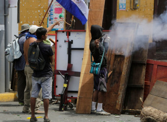 La repressione di Daniel Ortega, icona sanguinaria