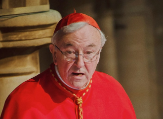 «Non ha salvaguardato i minori». Il cardinale Nichols nei guai