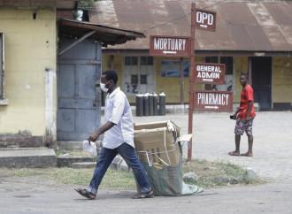 Coronavirus in Africa: le chiese aiutano, non chiudono