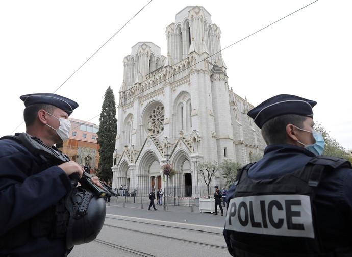 Nizza, dopo l'attentato in cattedrale