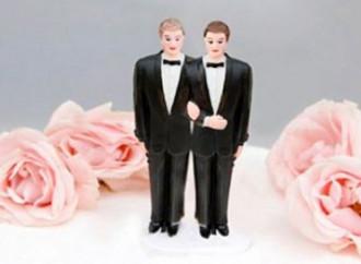 """L'Irlanda del Nord ha legalizzato le """"nozze"""" gay"""