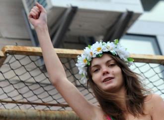 Il suicidio della Femen di fronte alla grande menzogna