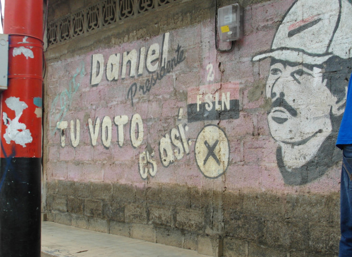 Managua, murales di propaganda sandinista