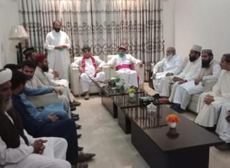 Momenti sereni in Pakistan in occasione della fine del Ramadan