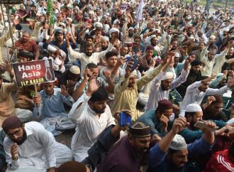Asia Bibi, il giorno dopo. Quanta sofferenza per un nuovo Pakistan