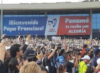 Il Papa a Panama, tra la crisi di Caracas e i migranti