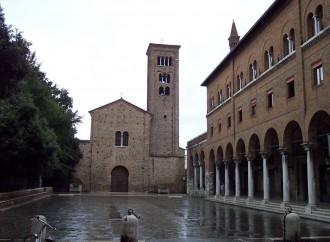 Massoni nella chiesa di Dante. E i frati incassano