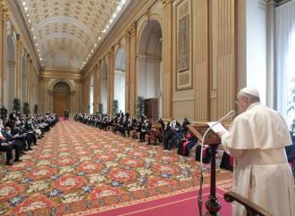 """Il Papa: """"I governi rispettino la libertà di culto"""""""