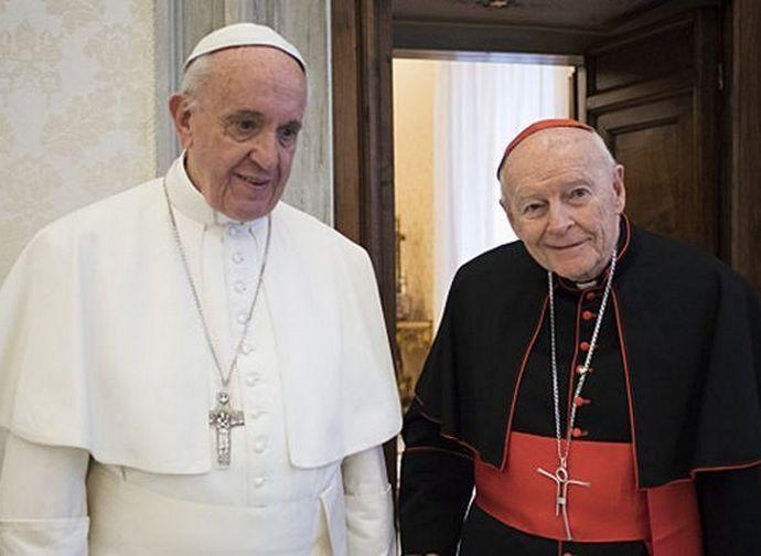 Papa Francesco e l'ex cardinale McCarrick