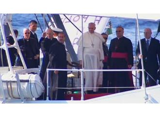 Lampedusa, quando l'uomo si crede Dio