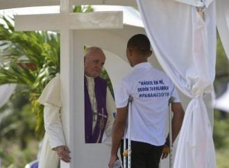 Panama, il Papa incontra i carcerati e li confessa