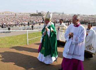 Il Papa all'Udienza ricorda il viaggio in Cile e Perù