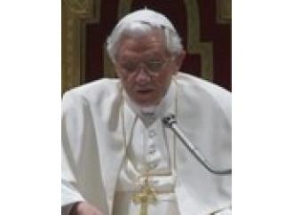 Il papa bacchetta i teologi