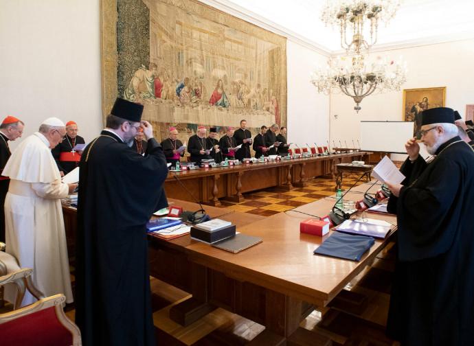 Il Papa incontra i greco-ortodossi ucraini