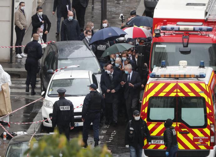 Parigi, sul luogo dell'attentato