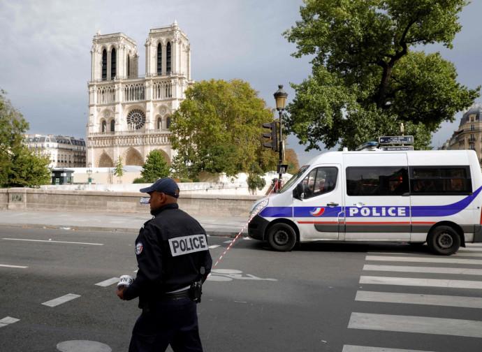 Parigi, dopo l'aggressione